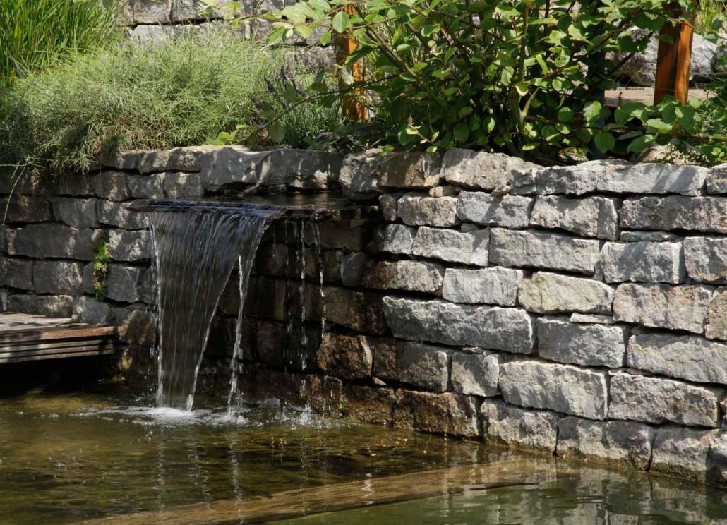 Wasser im garten h c eckhardt gmbh co kg - Gartengestaltung brunnen ...