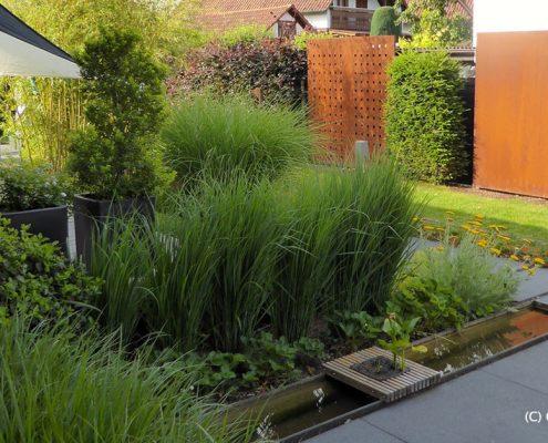 Garten in Rheinau Umbau Bepflanzung