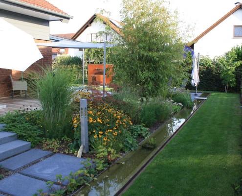 Hausgarten Rheinau Terrasse Beton