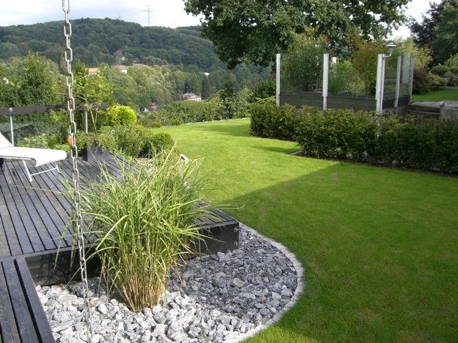 Gestaltung mit holz h c eckhardt gmbh co kg for Gartenbeispiele gestaltung