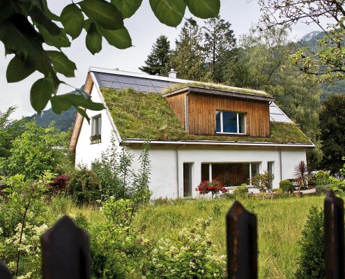 privatere Dachgarten mit Solarpanelen
